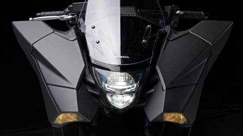 2014 Honda NM4 Vultus headlights