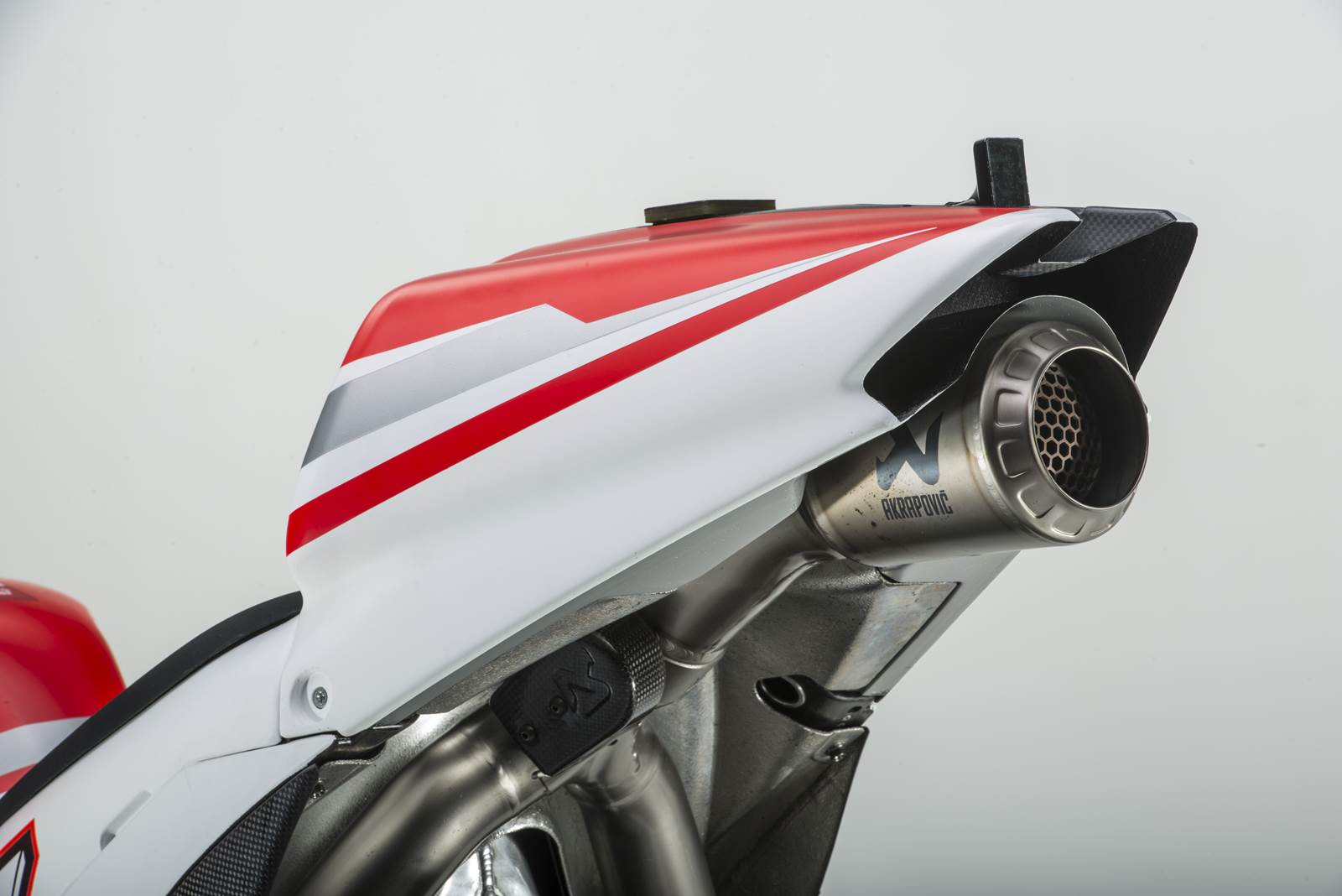 Ducati GP14 exhaust tail