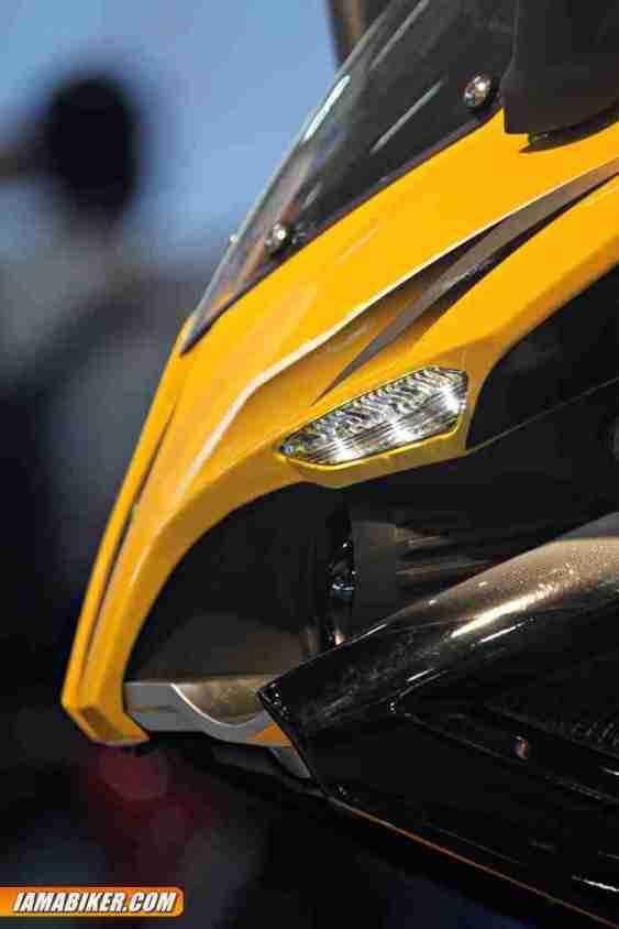 New Pulsar SS400 headlight and led