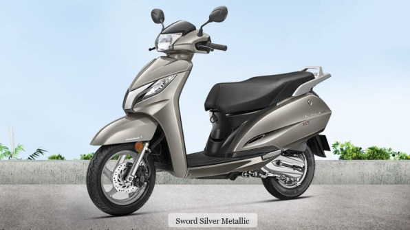 honda activa 125 colour - sword silver metallic