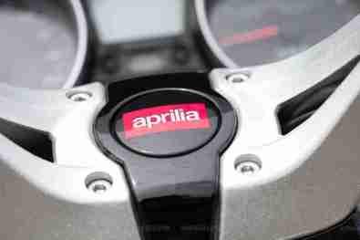 Aprilia SRV 850 badging