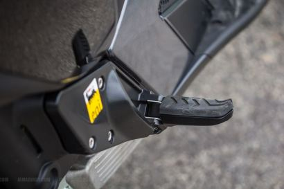 Aprilia SRV 850 foot rest - pillion