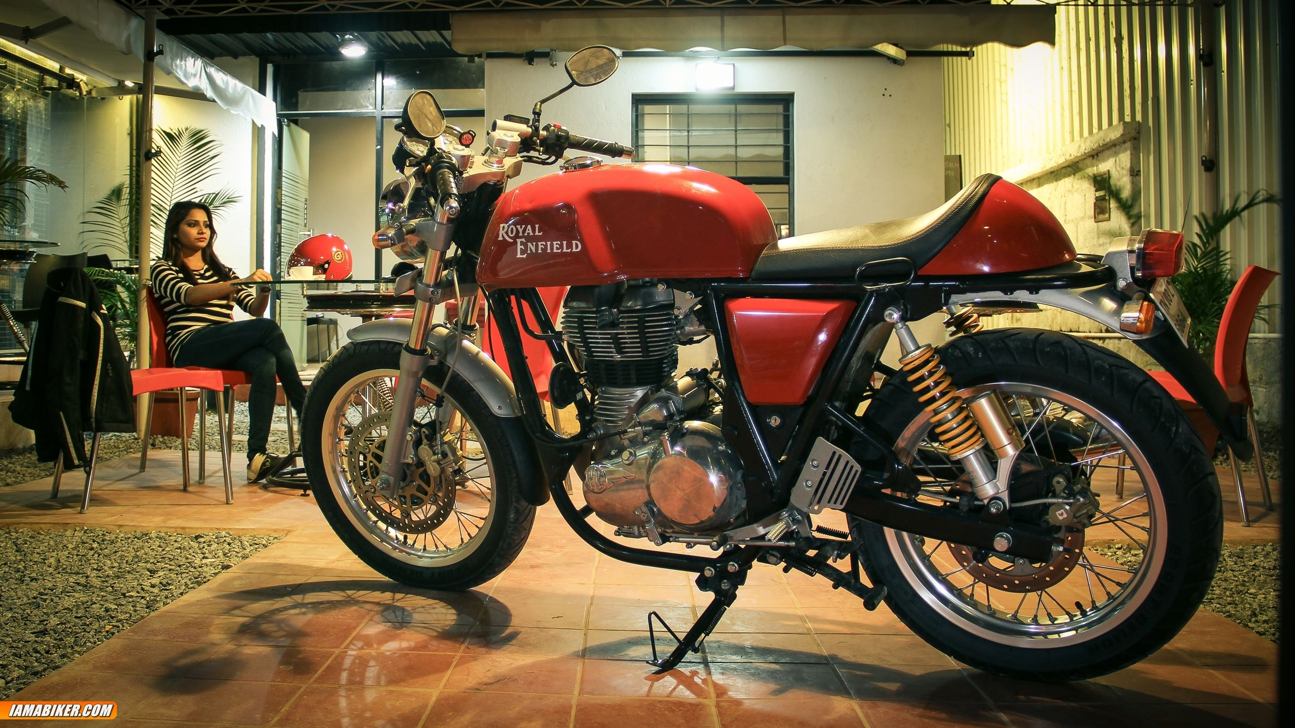 Royal Enfield Continental Gt Hd Wallpapers 01 Iamabiker