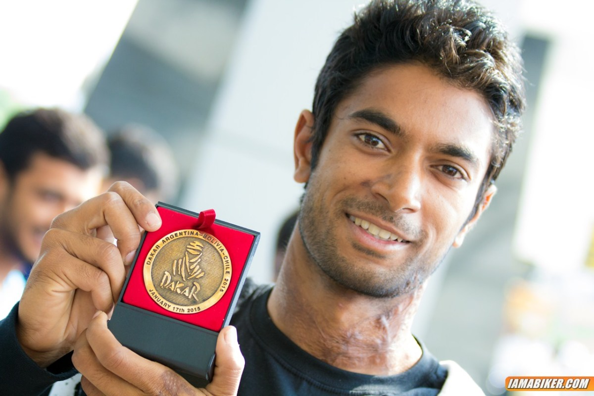 CS Santosh with Dakar medal