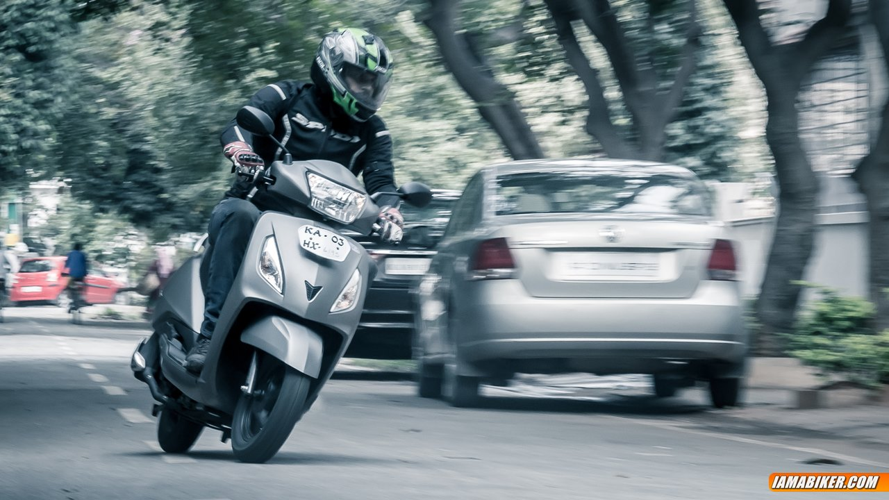 tvs jupiter review - handling and braking