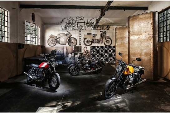 2015 Moto Guzzi V7 II garage shot
