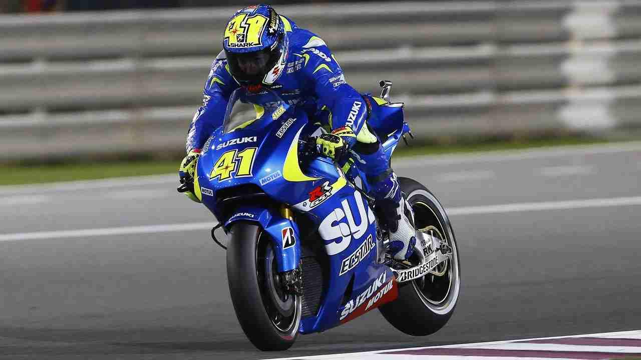 Aleix Espargaro Ecstar Suzuki MotoGP Qatar 2015