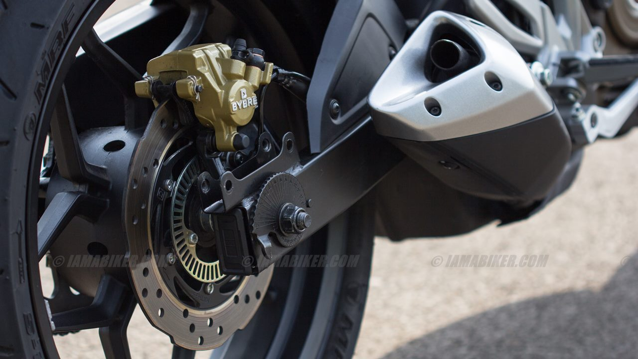 Pulsar RS 200 rear wheel and brake