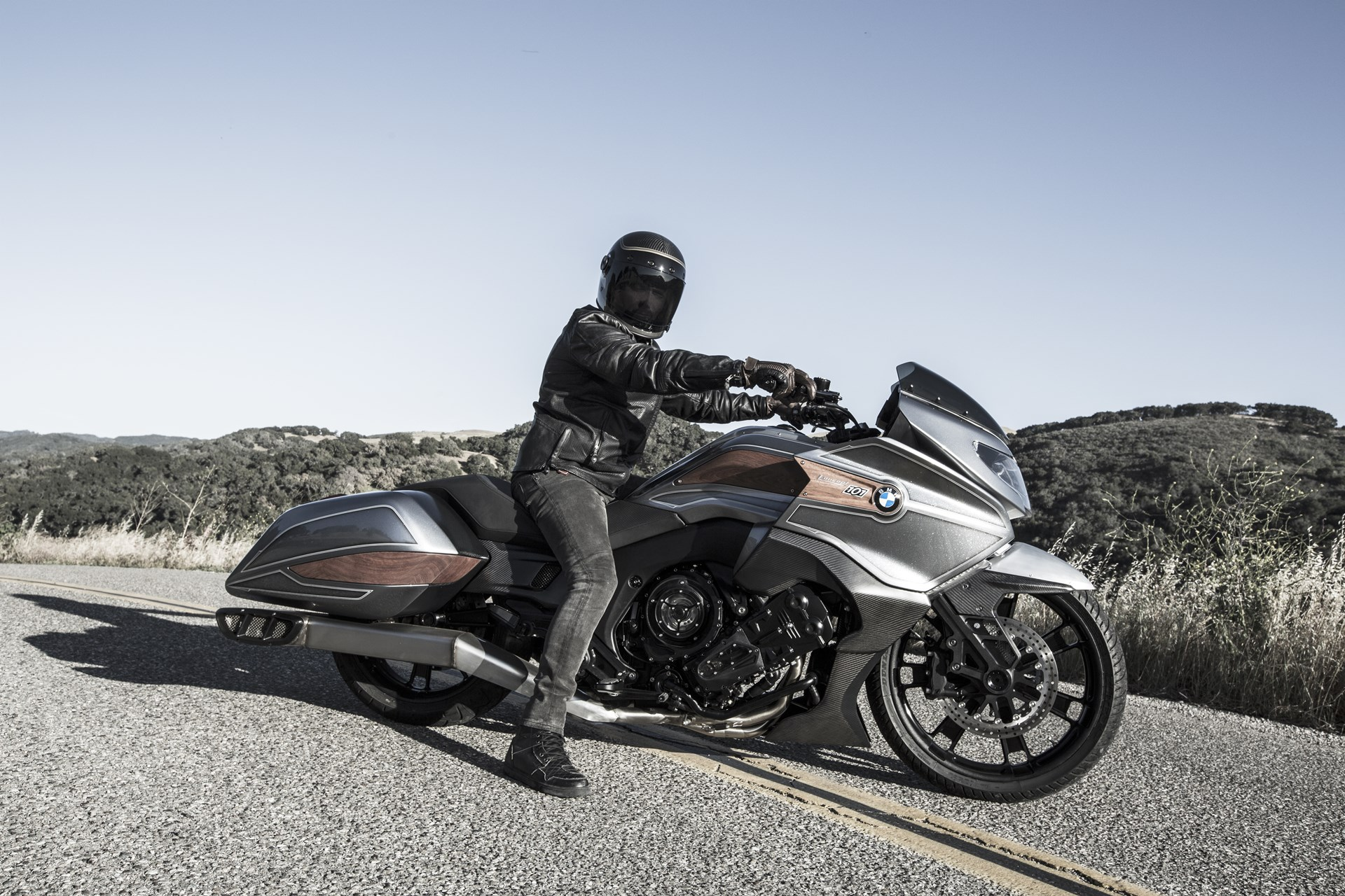 BMW Motorrad Concept 101 side view
