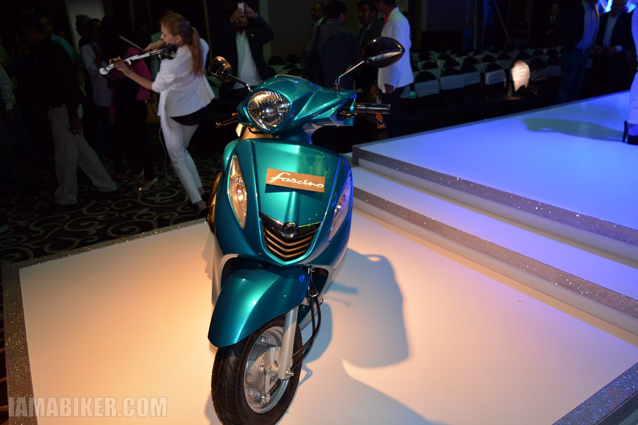 Yamaha Fascino blue colour option