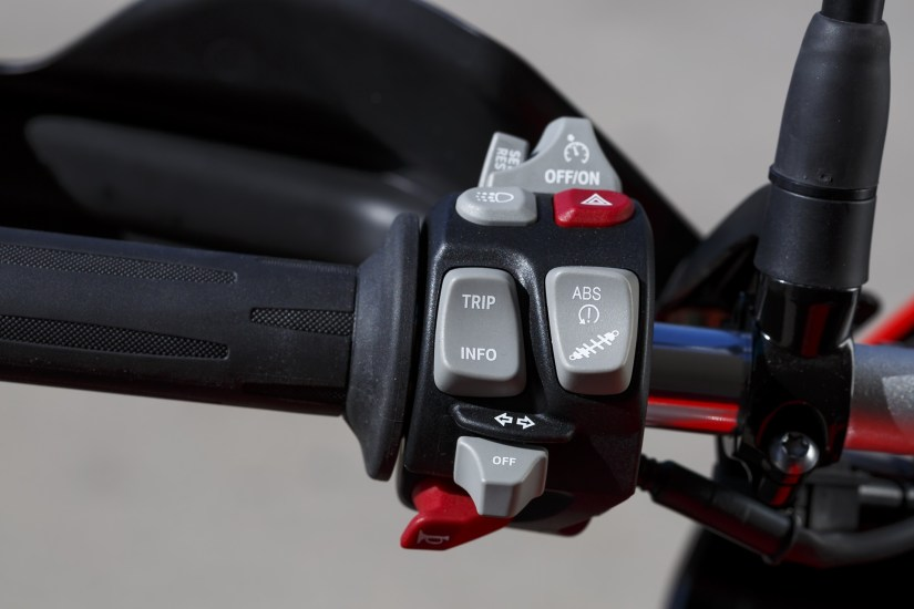 2015 BMW S1000XR left switchgear