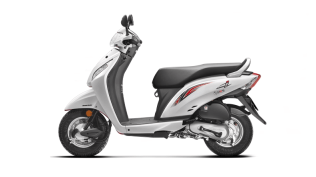 New 2015 Activa i Pearl Amazing White colour option