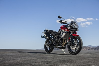 Triumph Tiger 800 XRT red