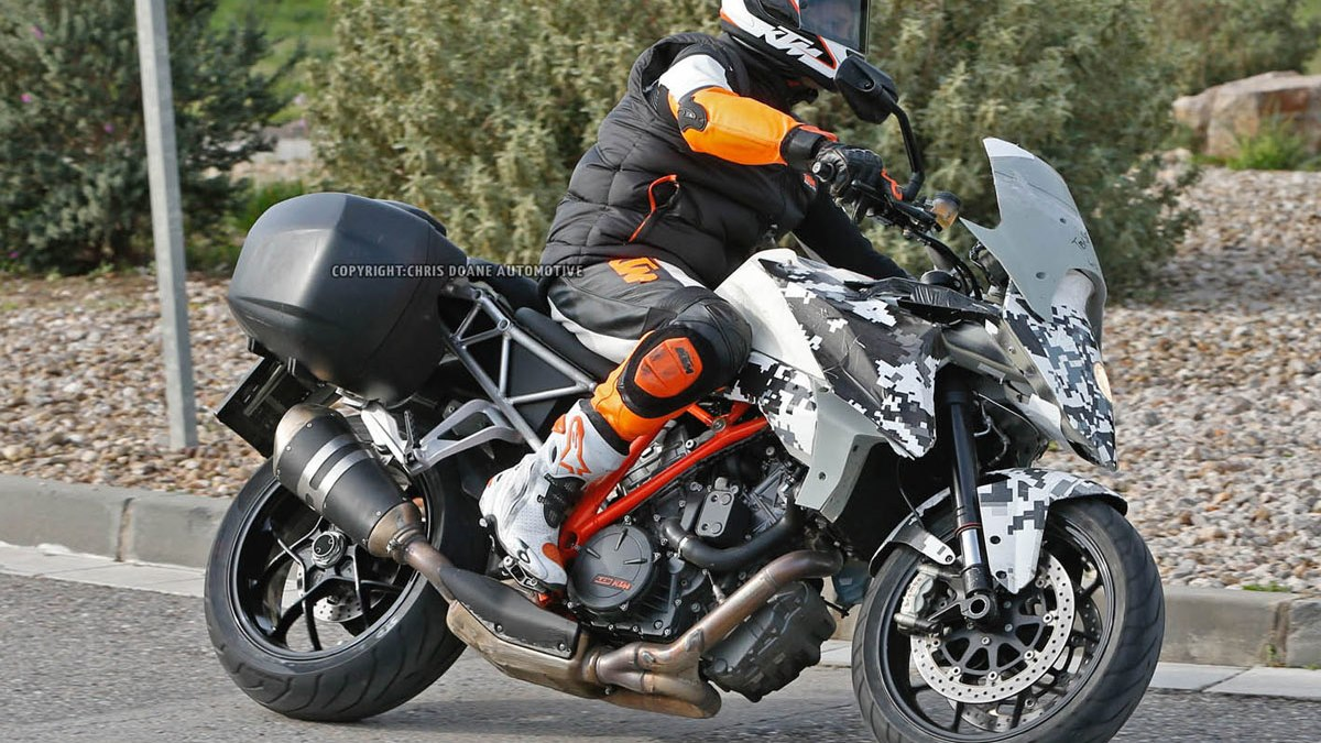 2016 KTM 1290 SMT
