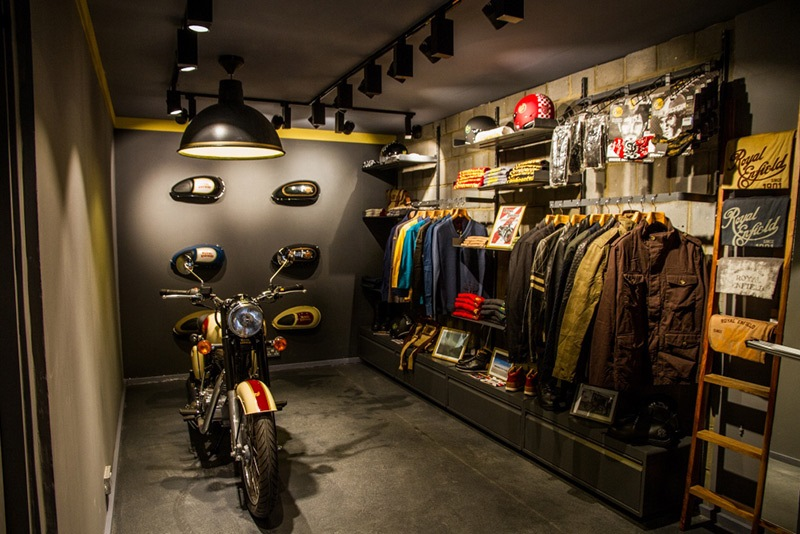 Royal Enfield UK gear display