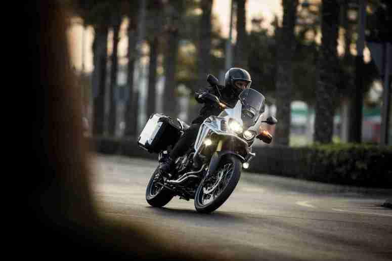 2016 Honda CRF1000L Africa Twin street
