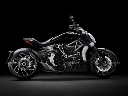 2016 Ducati DUCATI XDIAVEL S studio