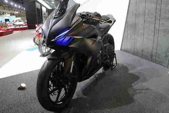 Honda CBR 250RR LED headlights