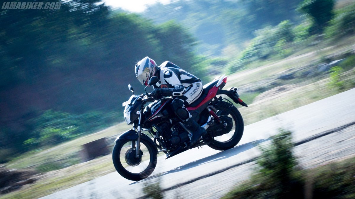 Hero Xtreme Sports review engine, performance and mileage