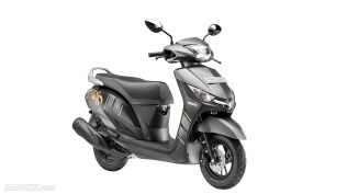 Yamaha Alpha Black colour option
