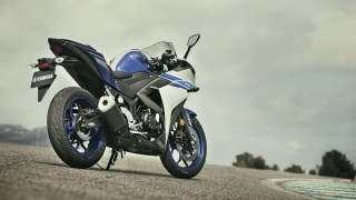 Yamaha R3 HD wallpaper