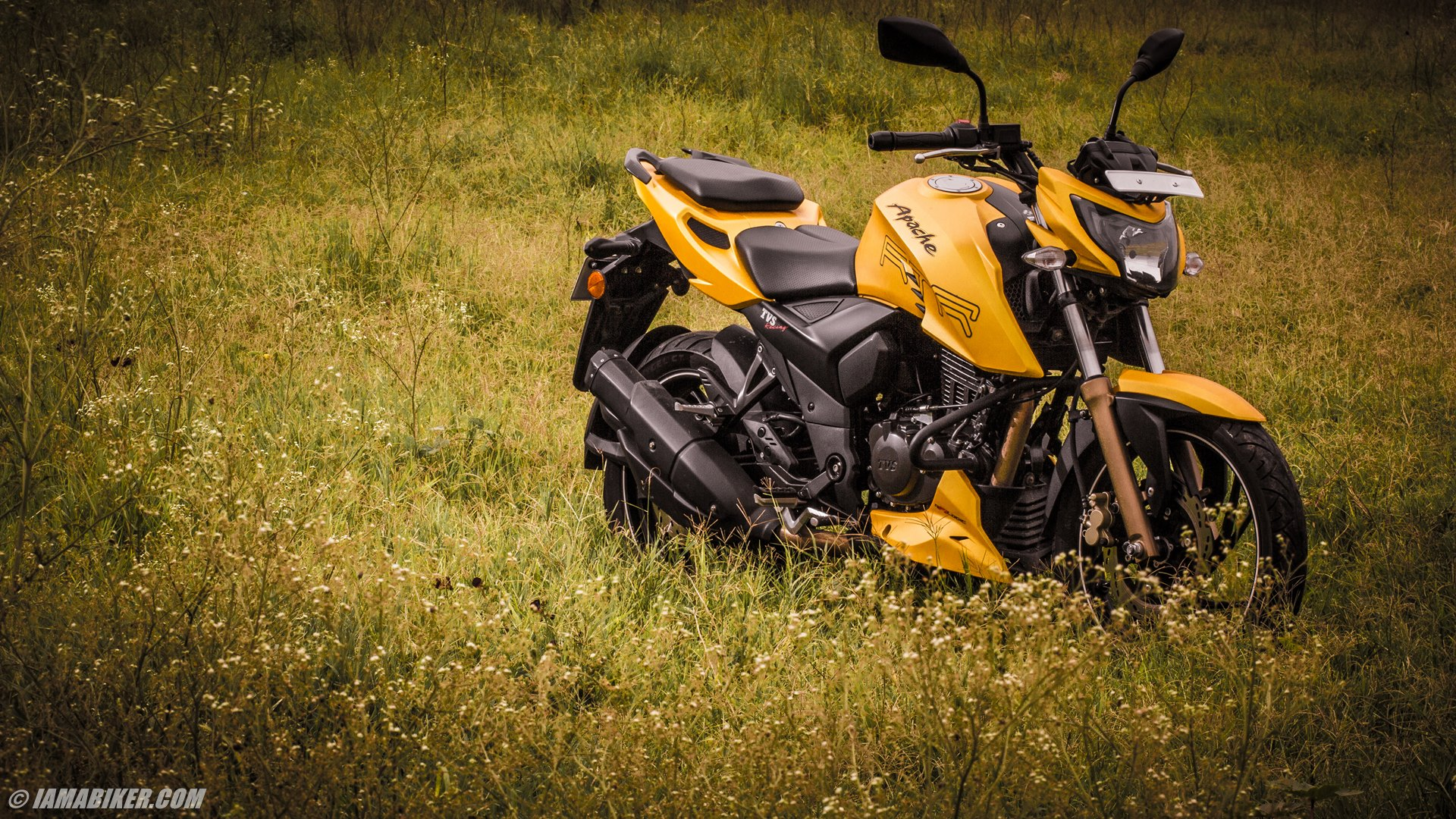 Apache RTR 200 HD wallpapers