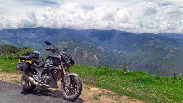 Sarath Shenoy - Bhutan - Mahindra Mojo - (8)