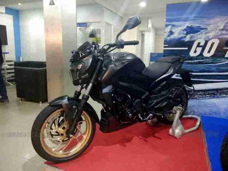 Dominar 400 matt black colour option with golden alloys