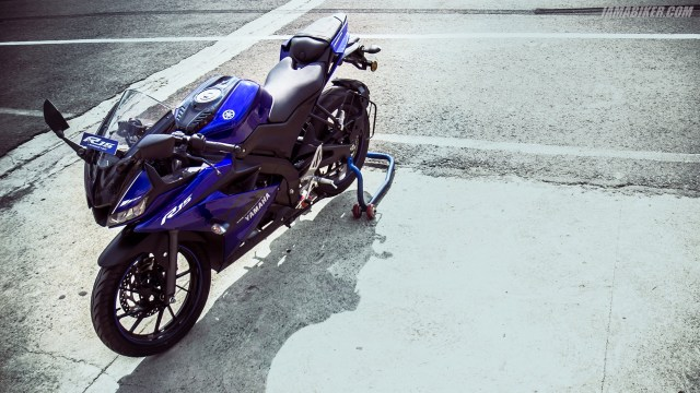 Yamaha R15 V3 HD wallpapers