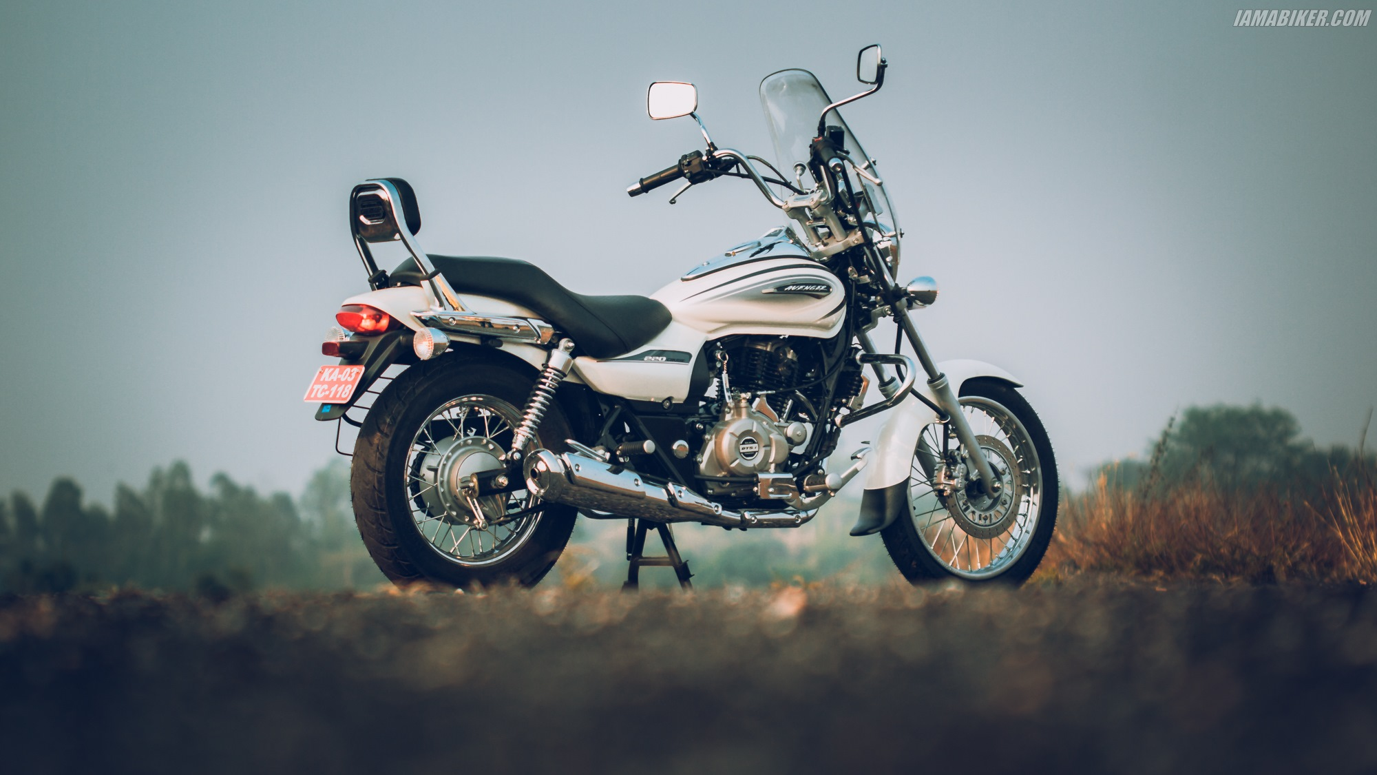 Bajaj Avenger Cruise 220 HD wallpapers