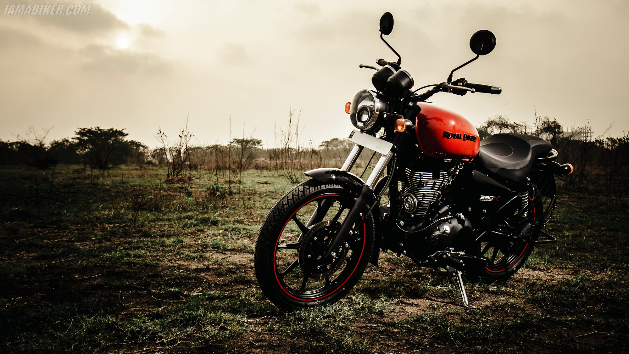 royal enfield thunderbird 350x hd wallpapers | iamabiker