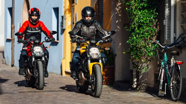 2018 Ducati Monster 821 colour options