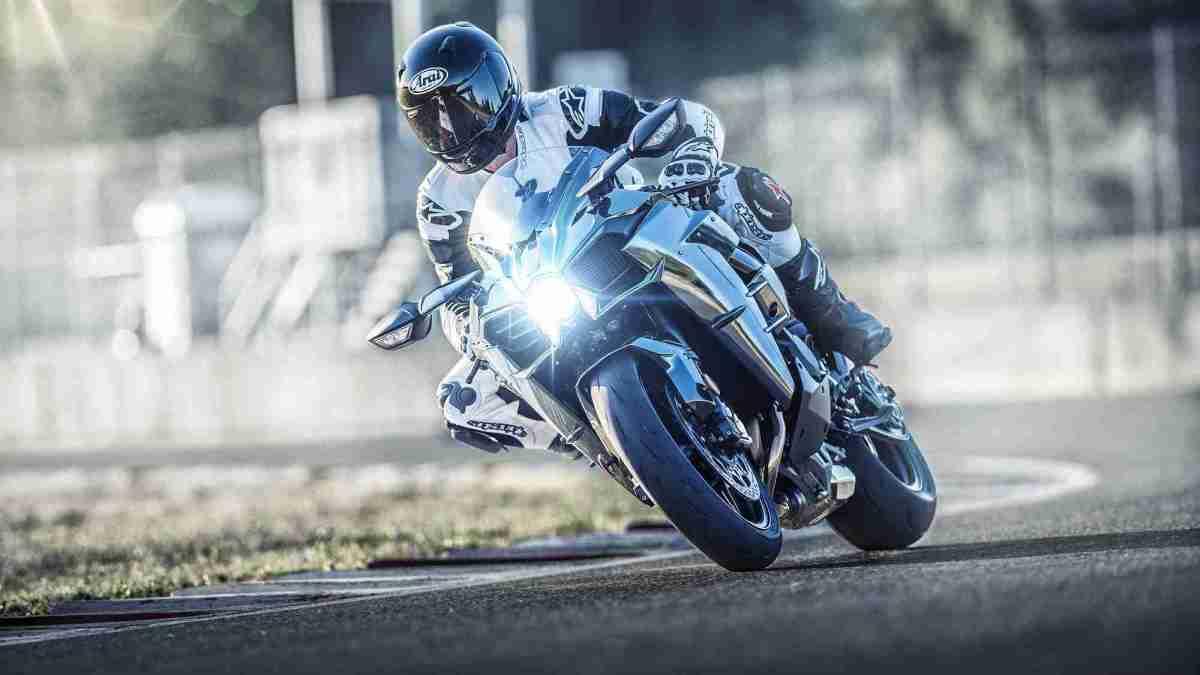 2019 Kawasaki Ninja H2 HD wallpaper