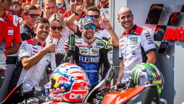 Cal Crutchlow renews contract with HRC till 2020