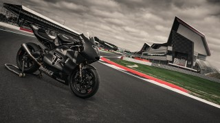 Triumph Moto2 engine race ready version showcased
