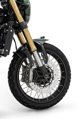 2020 Benelli Leoncino 800 Trail - front tyre suspension and brakes