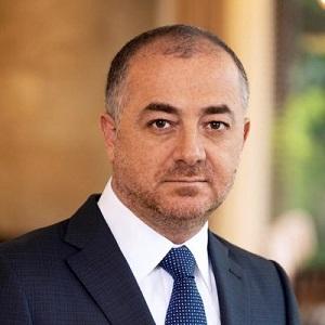 إلياس أبو صعب وزير الدفاع اللبناني