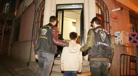 السلطات التركية تنقذ 976 طفلاً سورياً أُجبروا على التسوّل