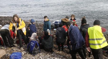 تركيا تضغط مجددا على المجتمع الدولي باللاجئين وتفتح الحدود أمامهم