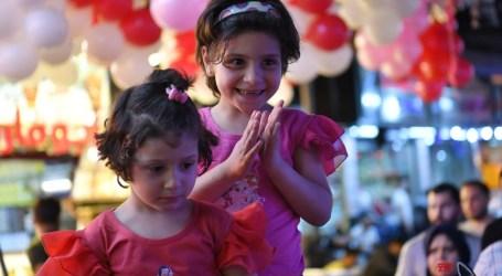 """وباء """"كورونا"""" والتدهور الاقتصادي يحاصران فرحة العيد في سوريا"""