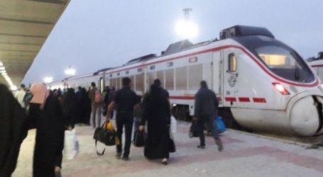 إيران تدعو للإسراع في تنفيذ خط السكك الحديدية الواصل إلى سوريا