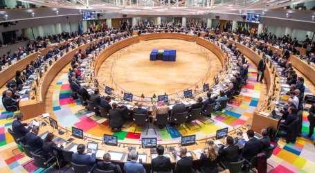 مؤتمر بروكسل يتعهد بتقديم 7.7 مليار دولار للاجئين السوريين ويتمسك بالحل السياسي