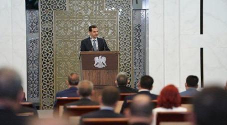 بشار الأسد يخطب أمام تجار مخدرات ومتورطين بصفقات مع داعش ويؤكد تحالفه مع إيران