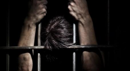 252 معتقلا من مخيم اليرموك بينهم نساء في سجون السلطة السورية