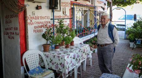 تركي يحوّل منزله إلى متحف للحفاظ على تراث بورصة