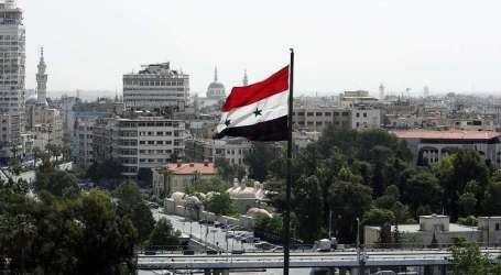 السلطة السورية تفصل 21 مدرّسا لعدم خدمتهم في صفوف قواتها