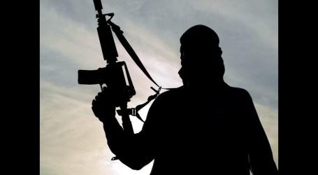 """من المستفيد من وجود """"داعش"""" في البادية السورية وتقوية نفوذه؟"""