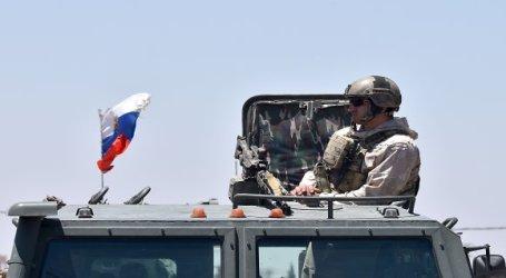 دير الزور.. خبراء روس يصلون المدينة لتشغيل منظومة اتصالات خاصة بهم
