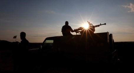 """خزنها في أنفاق داعش بدير الزور.. لواء """"فاطميون"""" يستقدم شحنة أسلحة جديدة من العراق"""