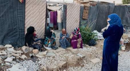 لاجئات سوريات يتحدين الظروف ويعدن لمقاعد الدراسة مجددا لتأمين حياة كريمة لأطفالهن